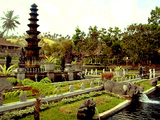 tirta gangga a beautifull tourism object that you must visit