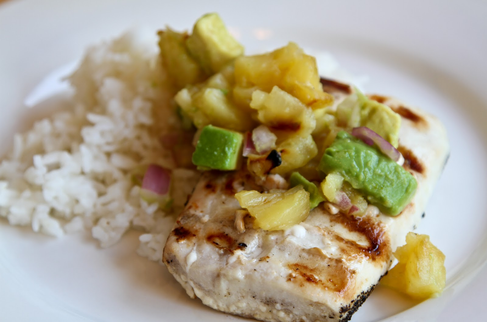 Suburban Spoon: Grilled Mahi Mahi with Pineapple and Avocado