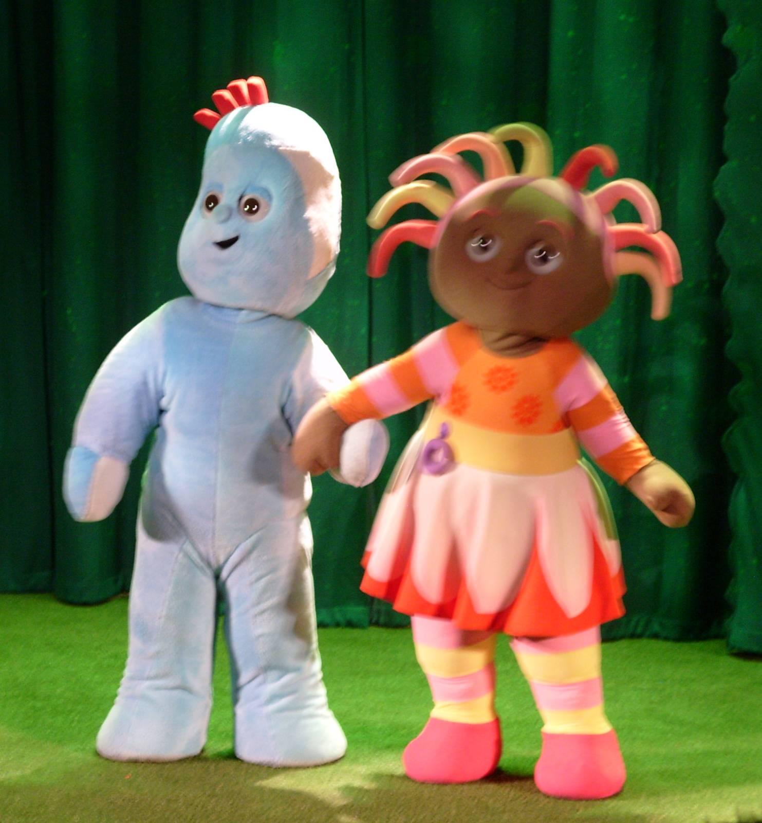 http://3.bp.blogspot.com/_HUgg4xyCD50/THa-iBcacKI/AAAAAAAAEP0/jo8C-OEkDos/s1600/Igglepiggle+Upsy+Daisy.jpg