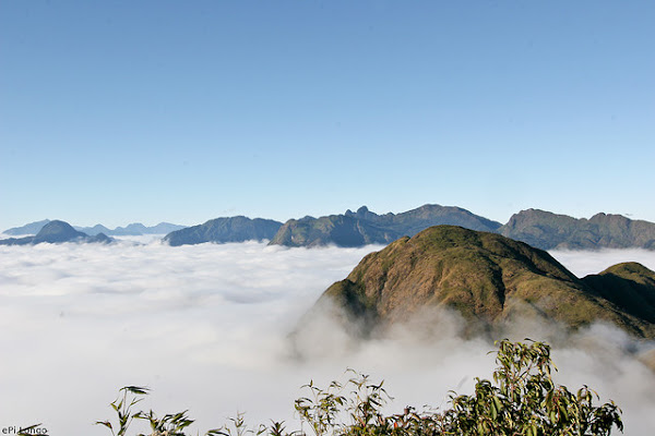 Clouds at Fansipan Peak