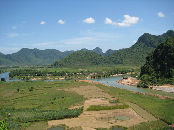 Rice paddies and lime mountains, Phong Nha-Ke Bang National park
