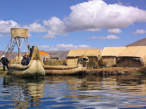 boat made of reeds, Lake Titicaca
