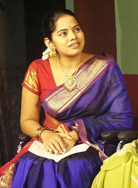 tv deepa venkat in saree actress pics