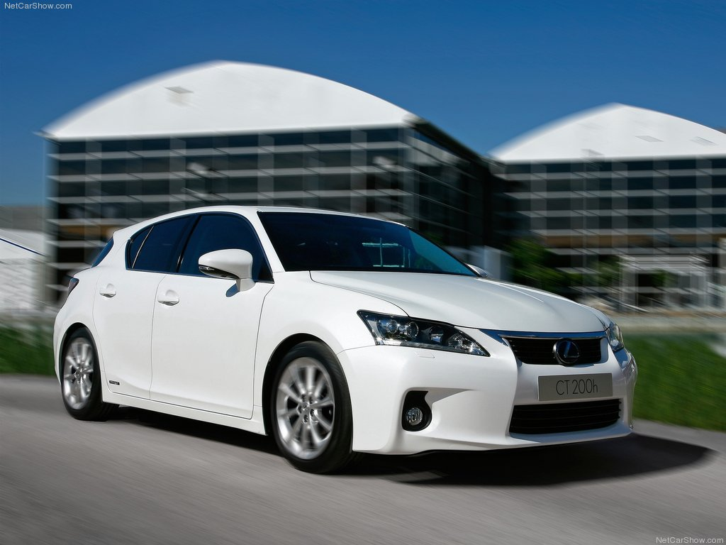 Lexus Ct 200h 2011 Auto Zone Video