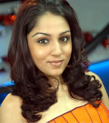 Lekha Washington as a VJ in the SS Music office #6