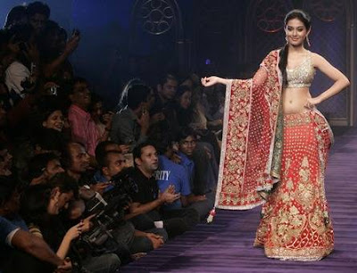 Amrita Rao walks on ramp