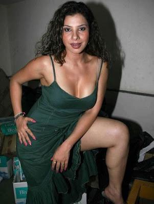 Sambhavna Seth exposing her thighs & cleavage