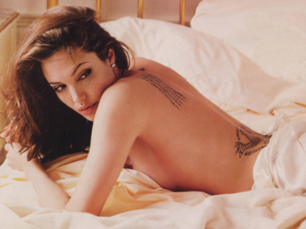 angelina jolie naked pictures