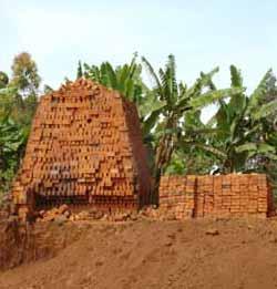 les archives de la terre cuite rd congo construire en briques avantageux mais nuisible l. Black Bedroom Furniture Sets. Home Design Ideas