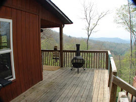 Franklin North Carolina Cabins with mountain views and hot tubs
