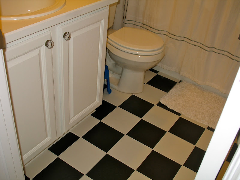Here is the small bathroom. I just LOVE the way this black and white  title=