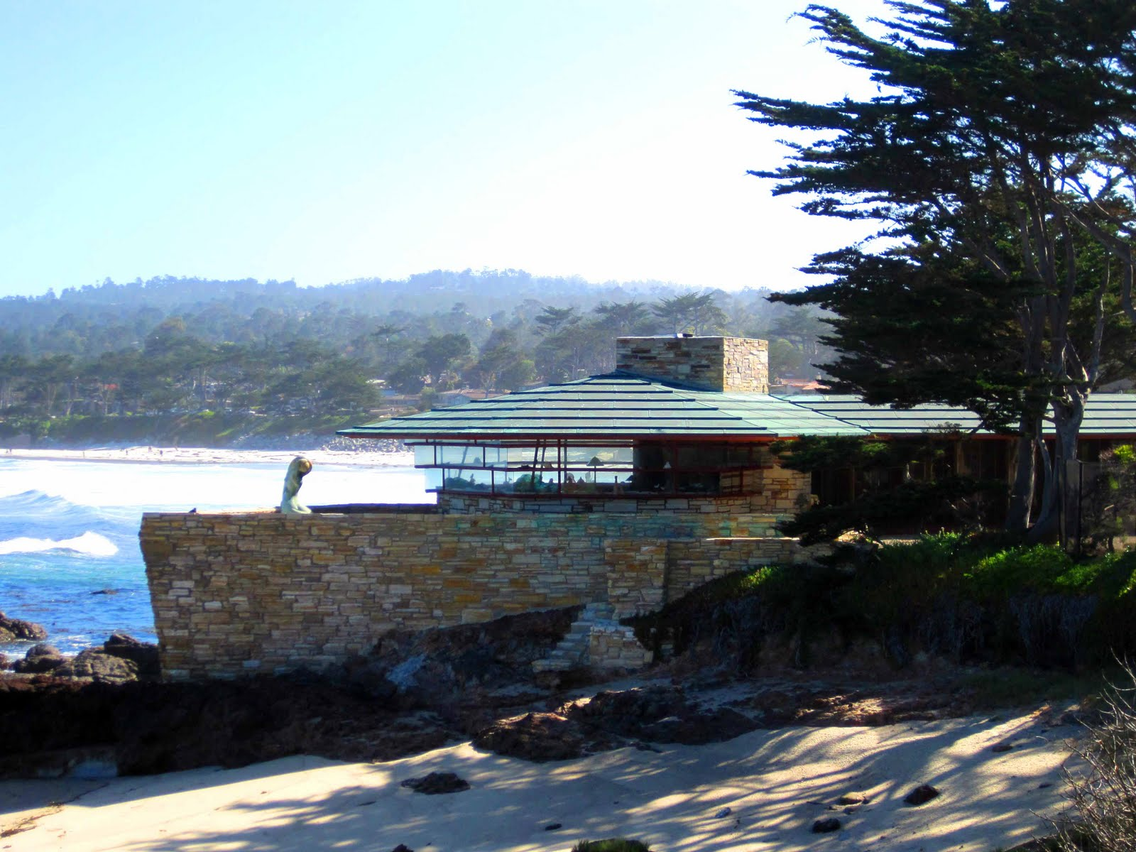 Architecture designs for Frank lloyd wright california