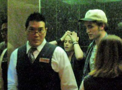Robert Pattinson y Kristen Stewart juntos en un hotel