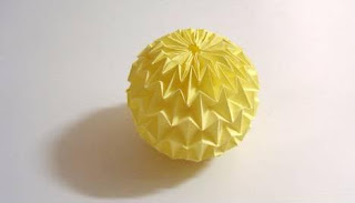 Cheap Toy for your Kid (The Origami Magic Ball
