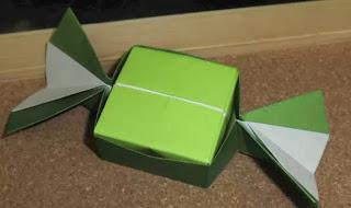Christmas Candy Box - Origami Christmas