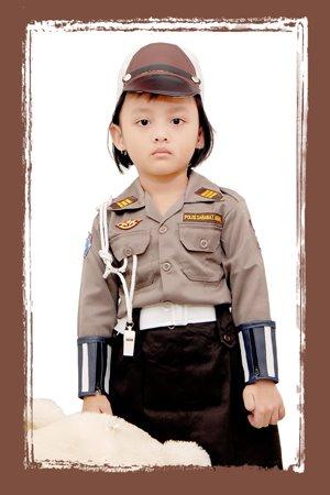 Hi..I'm a Police Woman