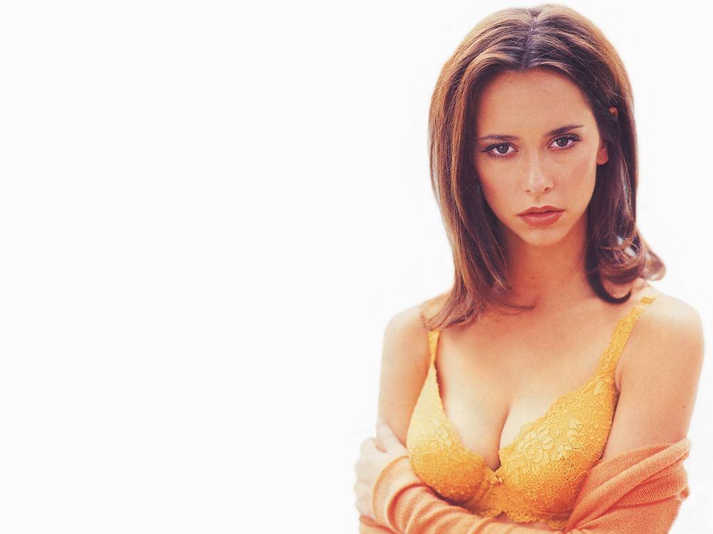 http://3.bp.blogspot.com/_HkbWdsz-H8g/S8BMYhM64kI/AAAAAAAAI8Y/XLx6VXjWHuA/s1600/Jennifer-Love-Hewitt-178.JPG