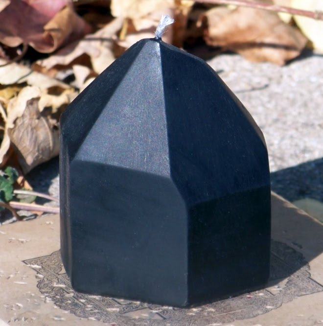WITCHCRAFTS Artisan Alchemy: BLACK CRYSTAL Ritual Altar Soy Spell