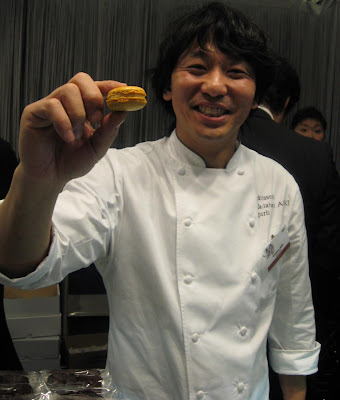 Sadaharu Aoki offers a Macaron