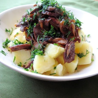 potatoes, mushrooms, onion, russian, garlic
