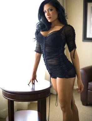 Les plus jolies femmes de la planète - Page 3 Melina-melina-perez-6159362-294-389