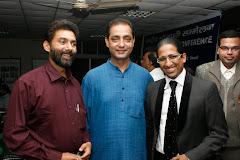 Onkareshwar Pandey with Management Guru Prof. Aridam Chaudhary (Right) and Mr. Kavi Kumar
