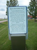 honours those who died at the Aerodrome in Paulson