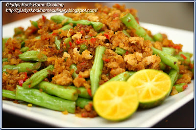 Stir-fry French Bean with Minced Meat and Preserved Radish