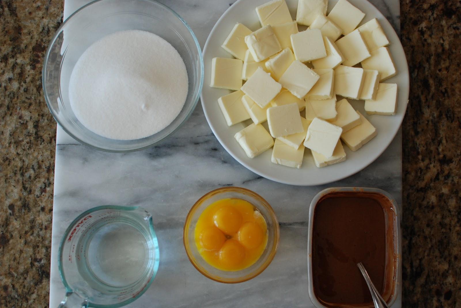 Simply So Good: Chocolate Cakes with Hazelnut Buttercream