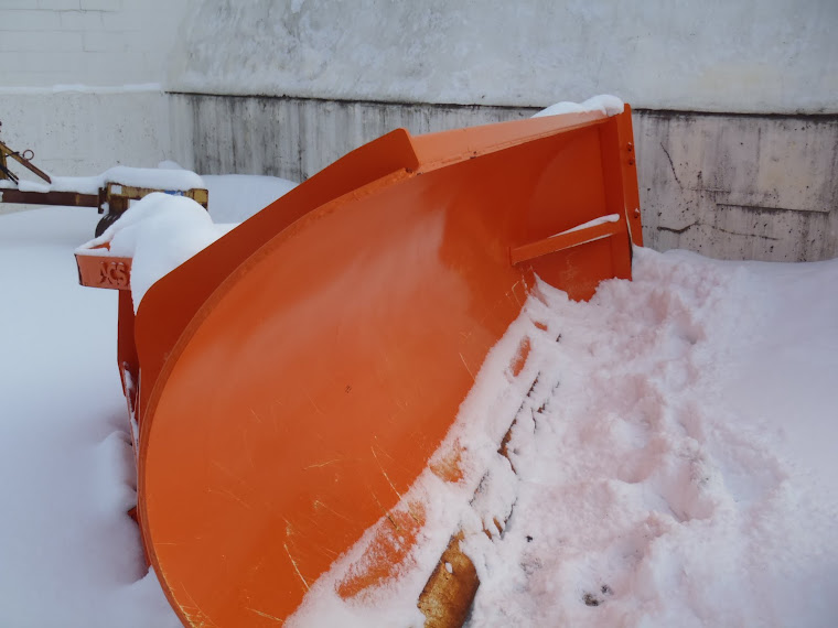 Barrier Wall Plow/fixed angle