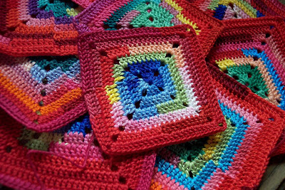 Crochet Geek - Crochet SunRise Granny Square - YouTube