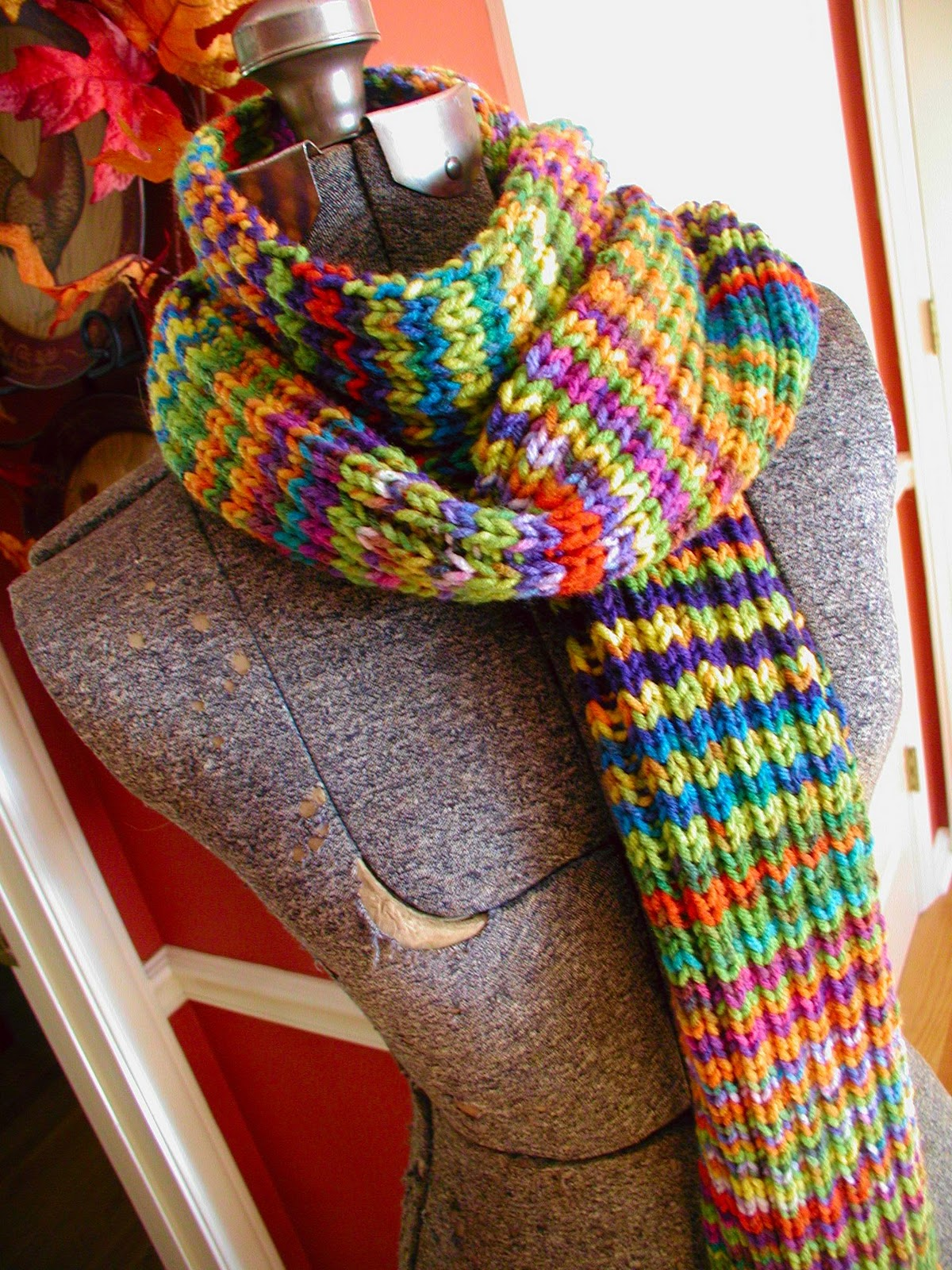 Fiddlesticks - My crochet and knitting ramblings.: The Technicolor Dream Scarf
