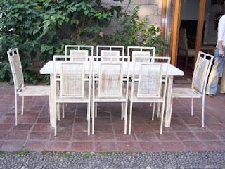 Muebles andrea schoennenbeck comedor terraza de fierro y for Muebles de terraza fierro