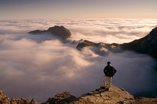 http://3.bp.blogspot.com/_HssqxHrCd-U/TD8YUy-qXeI/AAAAAAAAADA/PRqK-Krut7U/s1600/Mountain+top.jpg
