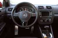 Review+2010+Volkswagen+Jetta+TDI+Cup+Edition+%285%29 2010 Volkswagen Jetta TDI Cup Edition Reviews & Test Drives