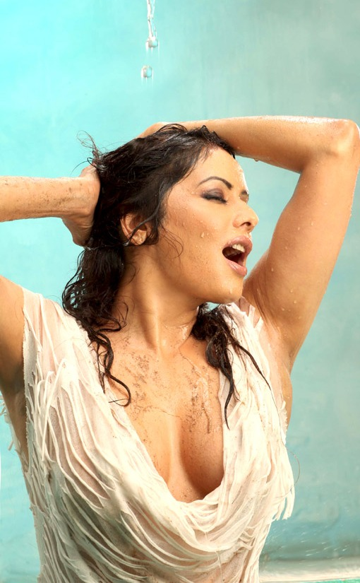 Poonam+Hot+Wet+Spicy+Transperant+Wet+Cleavage+Nips+Boobs+Desi+Bollywood+Hindi+Actress+Wallpaper+Photo+Pics+Stills Erica Campbell Big Tits