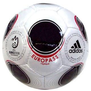 Sepak Bola on Bola Futsal Dan Bola Sepak Bola Futsal Molten 355rb Bola Sepak Adidas
