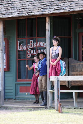 Photos of Saloon Girls 1800s http://paulabarker.blogspot.com/2009/08/on-to-kansas.html