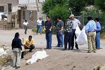 Juarez Murders Crime Scene Photo http://theragblog.blogspot.com/2009/09/fear-and-loating-in-mexico-pandemic-of.html