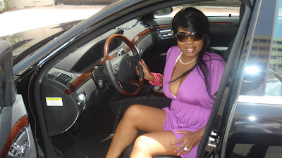 celebrity makeup artist brandy gomez duplessis in the official mercedes benz fashion week car