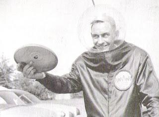 Walter Frederick (Fred) Morrison - inventor of the Frisbee