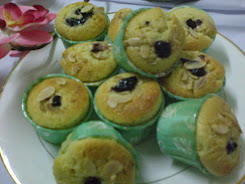 Muffin (any flavour and Filling)