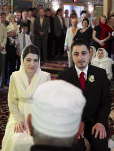 Christian man dating muslim woman