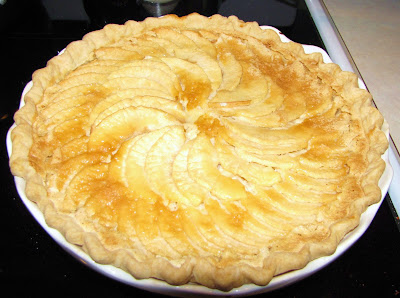 Taste Of Blue Sky: Apple Custard Pie
