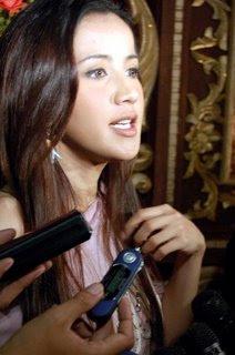 http://3.bp.blogspot.com/_I2fXgdHown8/SFX0WteZeJI/AAAAAAAAAeI/iQFnd65DJ-w/s400/andi_soraya.jpg