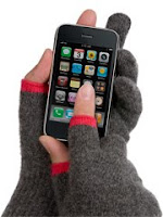 iPhone-friendly gloves from Etre Touchy! featured on Shopalicious.com