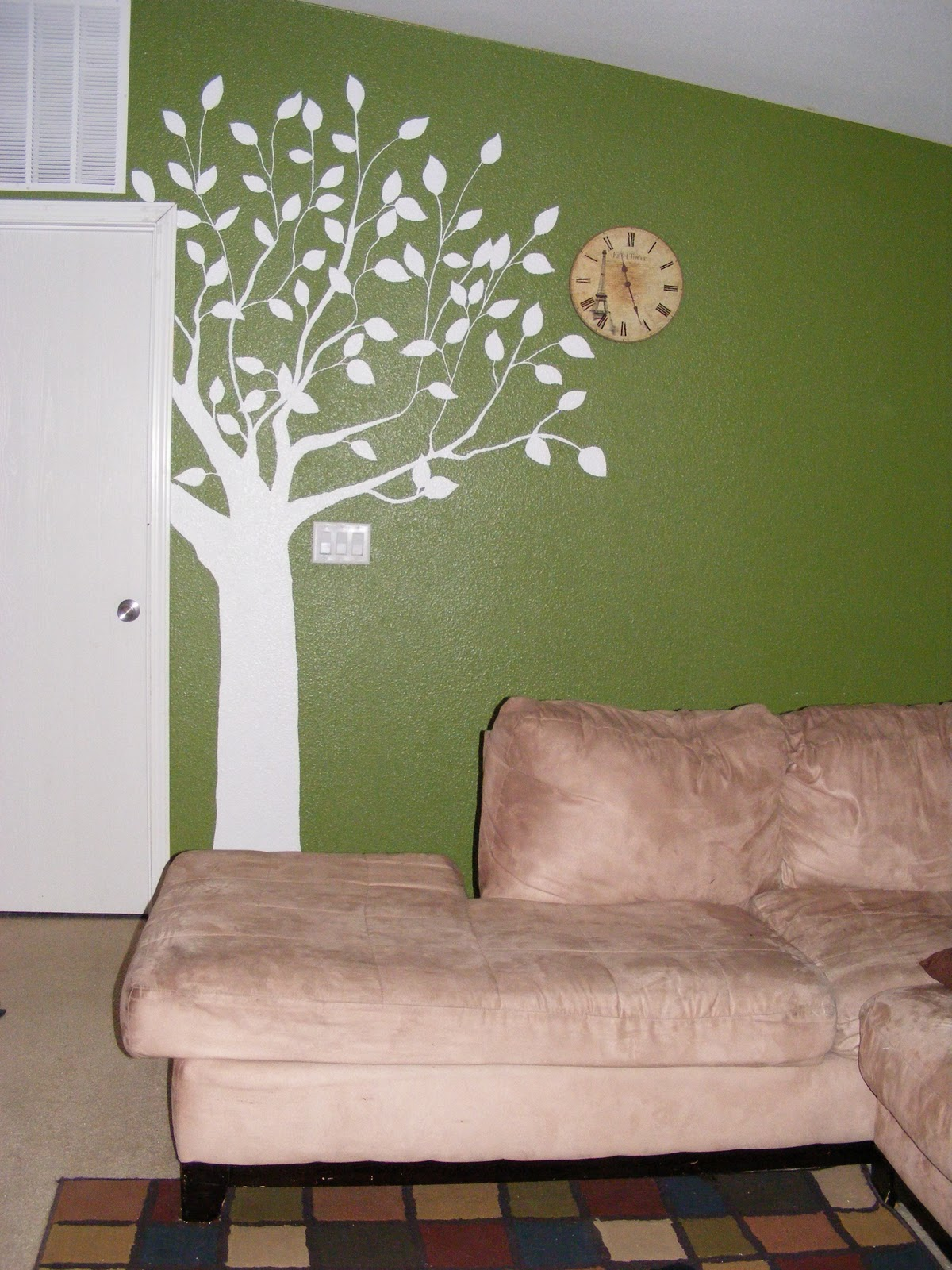 kind of artist to make this fun tree wall mural its really very easy. Black Bedroom Furniture Sets. Home Design Ideas