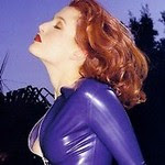 attractive actress Gillian Anderson sexy posing