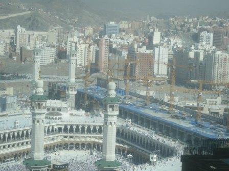 Kota Mekah Dilihat dari Hotel Grand Tower Zamzam