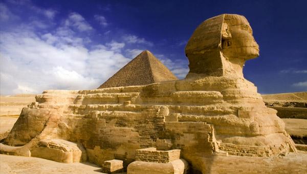 http://3.bp.blogspot.com/_I5CnOUox5b0/TKKoLBpetgI/AAAAAAAABzk/druKBl6LTjo/s1600/sphinx-pyramids.jpg